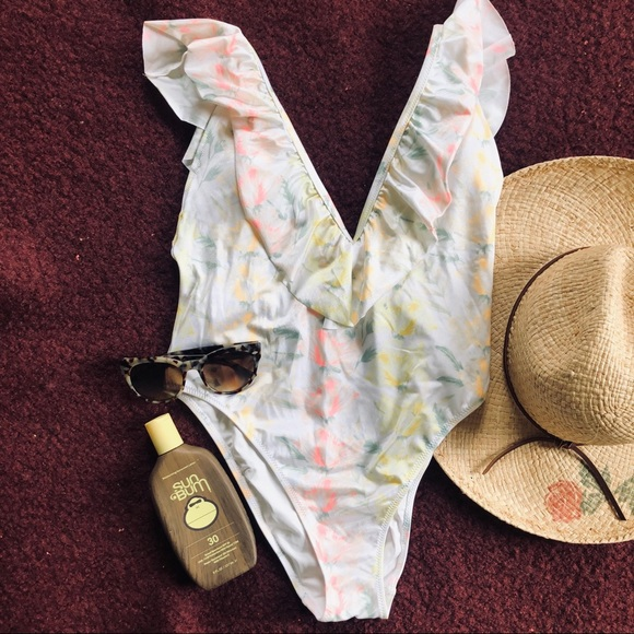 PINK Victoria's Secret Other - VS Pink High Cut Cheeky Floral One Piece